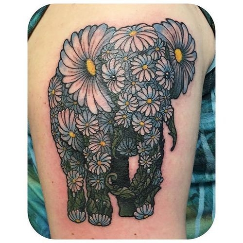 Daisy chain elephant tribute tattoo by @rebekatattoos. #flower #daisy #daisychain #elephant #neotraditional #rebekatattoos