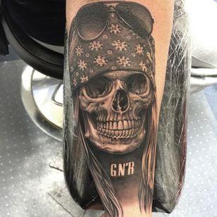 Awesome Axl Rose skull via @bobtyrrell #bobtyrell #axlrose #skull #blackandgrey