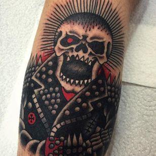 Skull Tattoo by Joe Chatt #skull #traditionalskull #oldschoolskull #punk #punkskull #JoeChatt
