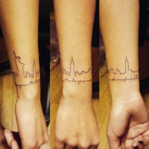 New York skyline bracelet tattoo, artist unknown. #skyscraper #landmark #skyline #silhouette #minimalist #subtle #simple #outline #microtattoo #bracelet #newyork #ny