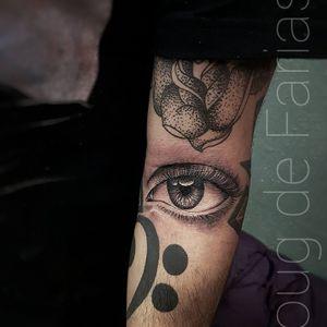 #DougDeFarias #tatuadoresdobrasil #brazilianartist #brasil #brazil #realismo #realism #blackandgray #pretoecinza #eye #olho
