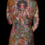 A sorceress riding a chimera by Valerie Vargas (IG—valeriemodernclassic). #chimera #sorceress #traditional #ValerieVargas