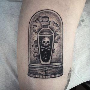 Dark potion tattoo by Susanne Konig. #SusanneKonig #glasscase #goth #dark