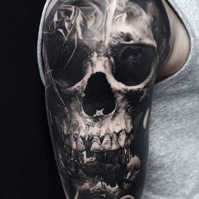 Face of death by Domantas Parvainis #DomantasParvainis #blackandgrey #realism #realistic #hyperrealism #skull #death #bones #teeth #tattoooftheday