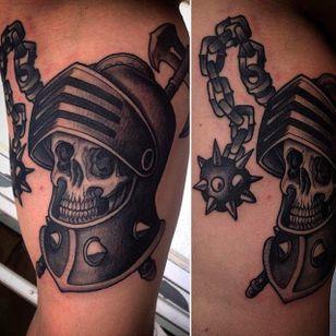 Super clean tattoo of a knight skull in black and grey. #RafaSerrano #LTWtattoo #neotraditional #blackandgrey #skull #knight