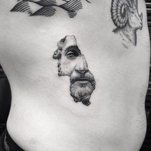 Fine line tattoo by Sanghyuk Ko. #SanghyukKo #bangbangnyc #newyork #fineline #singleneedle #greek