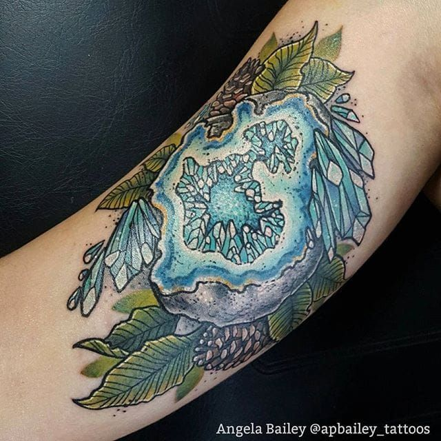 Geode Tattoo by Angela Bailey #geode #geodecrystal #crystal #rock #nature #naturedesign #AngelaBailey