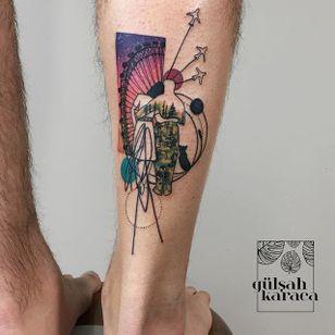 Conceptual lovers on a date tattoo by Gülşah Karaca. #GulsahKaraca #illustrative #graphic #technicolor #trippy #geometric #lovers #fairground #couple #conceptual