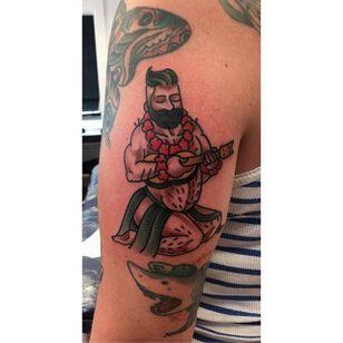 Big boy pin up tattoo by Jamie August. #JamieAugust #pinup #bigboypinup #man #pinupman #hawaiian #trad #traditional #traditionalamerican