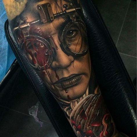 Johnny Depp as Ichabod Crane, insane portrait tattoo done by Fredy Tomas. #FredyTomas #ExoticTattoo #realistictattoo #johnnydepp #ichabodcrane