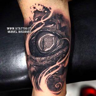 Reptile eye! Sick looking tattoo done by Miguel Angel Bohigues. #miguelangelbohigues #blackandgrey #eye #reptile