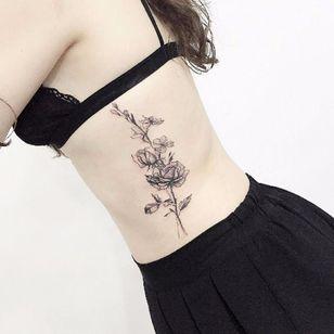 Flower power on the side by tattooist_flower #flower #flowerpower #delicate #blackwork #linework #fineline