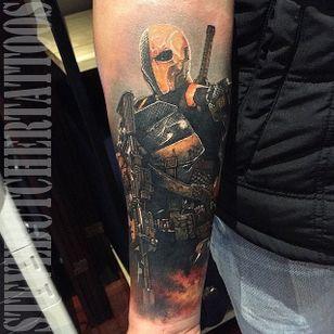 Deathstroke Tattoo by Steve Butcher #Deathstroke #DeathstrokeTattoos #DeathstrokeTattoo #DCComics #DCTattoos #ComicTattoos #DCTattoos #VillainTattoos #SteveButcher