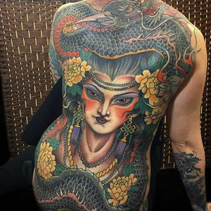 Japanese/Neo-Traditional mashup backpiece by Claudia De Sabe #ClaudiaDeSabe #japanese #neotraditional #color #lady #dragon #flower #peony #tattoooftheday