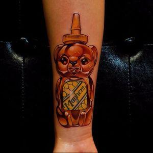 Honey bear tattoo by Steven Compton #StevenCompton #newschool #honey #bear