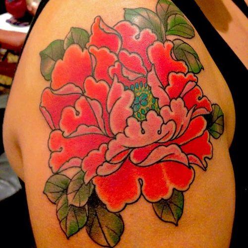 Peony flower tattoo by Chris Nunez #ChrisNunez #color #Japanese #flower #peony #leaves #floral #plant #nature #pink