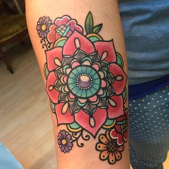 Pinkwork mandala tattoo by Melvin Arizmendi. #mandala #pinkwork #kawaii #girly #cute #MelvinArizmendi