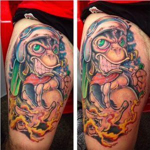 Tattoo por Jeff Waine! #JeffWaine #tatuadoresbrasileiros #tatuadoresdobrasil #tattoobr #SãoPaulo #macaco #monkey #newschool