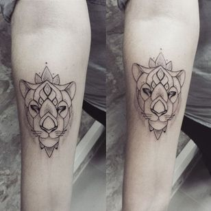 Matching lioness tattoos by Ness Cerciello #lioness #lion #NessCerciello #matching #minimalistic