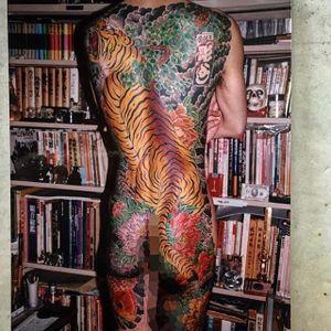 More recent machine work featuring a fearsome tiger by Horiyoshi. #bodysuit #destigmatization #Horiyoshi #Japanese #legendary #master #peonies #tiger #traditional