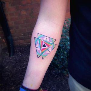 Color piece by Jeremy Sloo Hamilton #JeremySlooHamilton #color #triangle #geometric #tattoooftheday