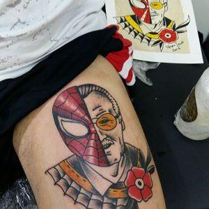 Stan Lee Spider Man Tattoo by Pedro Sena #stanlee #stanleetattoo #stanleetattoos #marvel #marveltattoo #marveltattoos #comictattoo #marvelcomics #spiderman #traditional #PedroSena