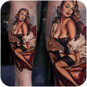 Pinup babe @ad_pancho #tattoodo #pinup #babe #color #realistic