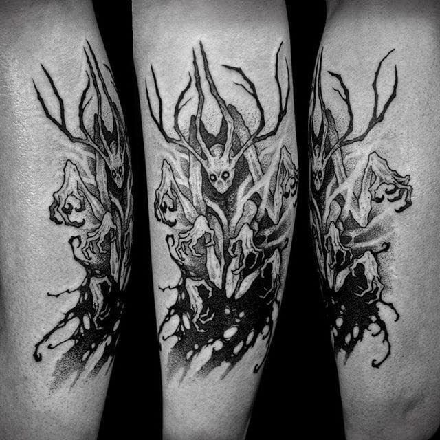 Tree-like monster tattoo by Sergei Titukh. #SergeiTitukh #blackwork #creepy #nightmare #creature #spooky #dark #monster