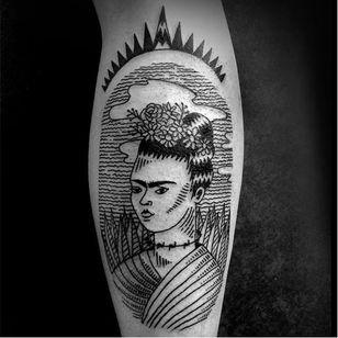 Frida Kahlo tattoo by Ophélie Taki #OphélieTaki #illustrative #blackwork #childhood #fridakahlo