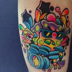 drummer Spongebob tattoo by @pikkapimingchen #cartoon #neotraditional #cartoonstyle #bright_and_bold #spongebob #spongebobsquarepants #neon