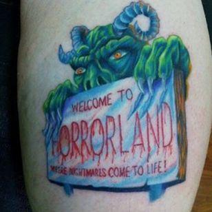 Horrorland, a place I would never like to visit. (via IG - fandom.tattoos) #Goosebumps #GoosebumpsTattoo #RLStine