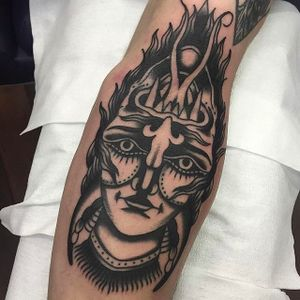 Double-sided Ambigram Tattoo of a Demon by Aaron J Murphy @Aaronjmurphy_ #Aaronjmurphy #Black #Traditional #Blackwork #Blackworktattoo #Ambigram #Demon #Australia