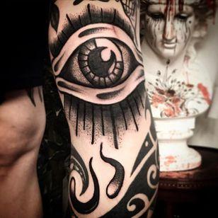 Eye Tattoo by Scar Tattooer #eye #blackwork #blackworkartist #black #korean #koreanartist #ScarTattooer