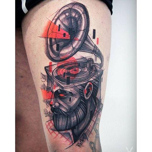 Gramophone tattoo. #KatiBerinkey #sketch #gramophone #sketchtattoo #sketchstyletattoo