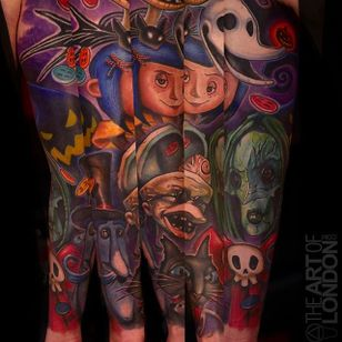 Awesome sleeve with a combination of modern animated films such as Coraline and ANBC, Cool tattoo by London Reese. #LondonReese #sleeve #coloredsleeve #nightmarebeforechristmas #coraline #theartoflondon