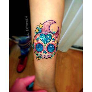 Cute sugar skull by Laura Anunnaki. #sugarskull #dayofthedead #skull #LauraAnunnaki #sparkly #girly