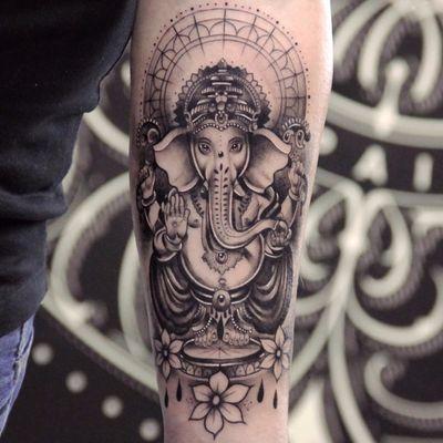 Ganesha by Xav #Xav #neotraditional #newtraditional #blackandgrey #Hindu #Ganesha #elephant #deity #sun #jewelry #crown #flowers #teardrops #pearls #gems #floral #jewel #pattern #linework #tattoooftheday