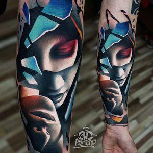 Amazing piece by Alex Pancho #AlexPancho #ADPancho #color #surrealism #portrait #tattoooftheday