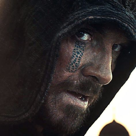 MAJESTIC AND SNEAKY! #AssassinsCreed #MichaelFassbender #Hollywood #Movies