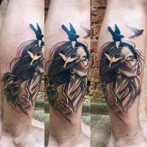 Linda tatuagem de Falka Art #FalkaArt #gringa #watercolor #aquarela #sketchstyle #estilorascunho #nature #natureza #woman #mulher #leafs #folhas #birds #passaros