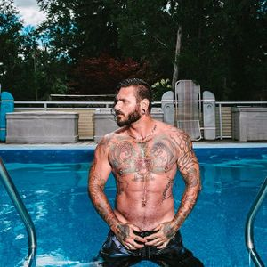 Pictured, Travis Cadeau. #tattooedmen #tattoodudes #summer