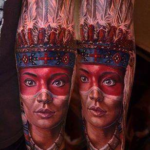 Native American woman via @yan_vilks #YanVilks #realism #realistic #portrait #nativeamerican