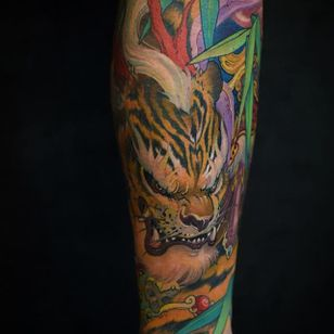 Tiger Tattoo by Tristen Zhang #tiger #bigcat #japanese #neotraditional #neotraditionaljapanese #japaneseart #TristenZhang