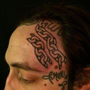 Broken chain tattoo by Adam Sage #handpoke #handpoked #AdamSage #handcrafted #chain #freedom