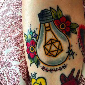 Stranger Things Tattoo by Matt Daniels @Stickypop #MattDaniels #stickypop #StrangerThings #Netflix #tvshow #tvseries #lightbulb
