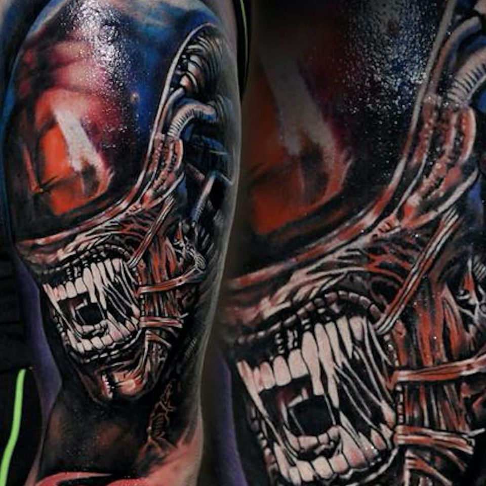 Damien Gorski's (IG—gorskytattoo) portrait of a xenomorph might be the best ever. #Alien #color #DamienGorski #portraiture #realism #Xenomorph