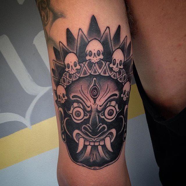 Mahakala Tattoo by @dokter_irie #mahakala #mahakalatattoo #mahakalatattoos #kali #hindu #hindutattoo #deity #deitytattoo #dokteririe