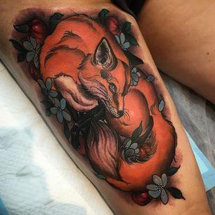 Fox Tattoo by Jake Danielson #fox #foxtattoo #neotraditional #neotraditionaltattoo #neotraditionaltattoos #neotraditionalartist #JakeDanielson