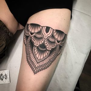 Thigh band tattoo by Vale Lovette #ValeLovette #linework #ornamental #Artnouveau #artdeco #pattern #floral #fineline #thighgarter #garter