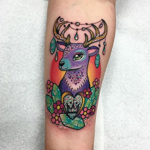 Decorative Deer by Roberto Euan (via IG-goldlagrimas) #deer #jewels #flowers #heart #colorful #kawaii #cute #RobertoEuan